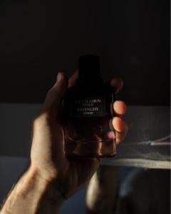 ジバンシィのメンズ香水おすすめ10選!【エレガントさが際立つ大人の香り】