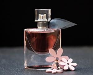 ゲランのメンズ香水おすすめ5選!【香料豊富な爽やかでスパイシーな香り】